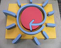 Logo firmowe wyprodukowaliśmy w całości ze styroduru