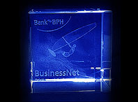 Statuetka szklana - nagroda Banku BPH w konkursie BiznesNet