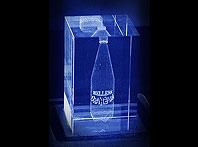Elegancki prezent dla szefa szklana statuetka z laserowym trójwymiarowym grawerem
