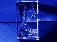 Pamiątkowa szklana kostka dla Regionalnego Odziału przesyłu we Wrocławiu