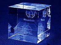 Szklana statuetka pamiątkowa na 30-sto lecie Staropolanki