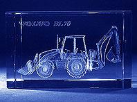 Wygrawerowana w szkle trójwymiarowa ładowarko-koparka Volvo