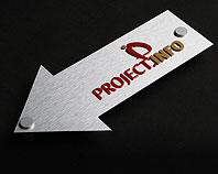 Ozdobna strzałak reklamowa wskazująca kierunek do firmy