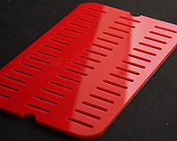 Czerwona ozdobna kratka wentylacyjna z pleksi