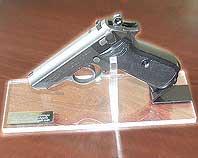 Podstawka ekspozycjyna pod pistolet cięcie i klejenie plexi
