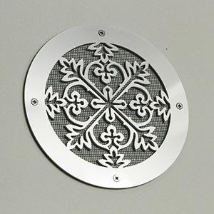 srebrna ozdobna kratka wentylacyjna