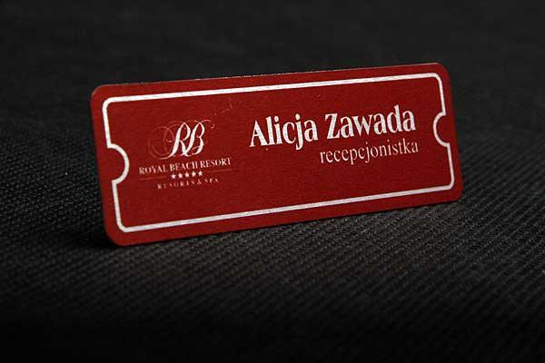 Identyfikator drukowany metalowy dla recepcjonisty hotelu spa