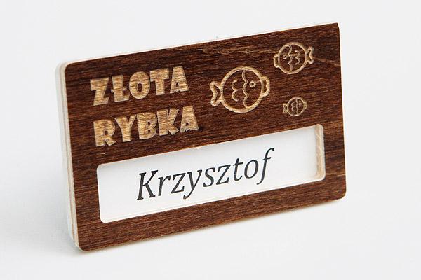 drewniany identyfikator