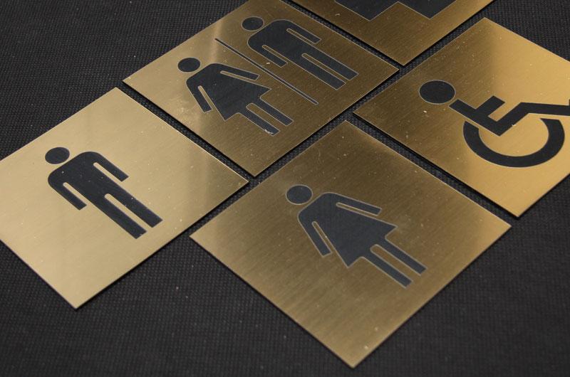 Tabliczki piktogramy na drzwi