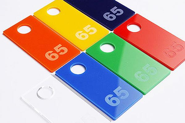 Kolorowe numerki do szatni