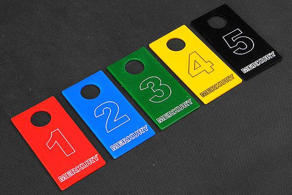 Kolorowe numerki do przymierzalni