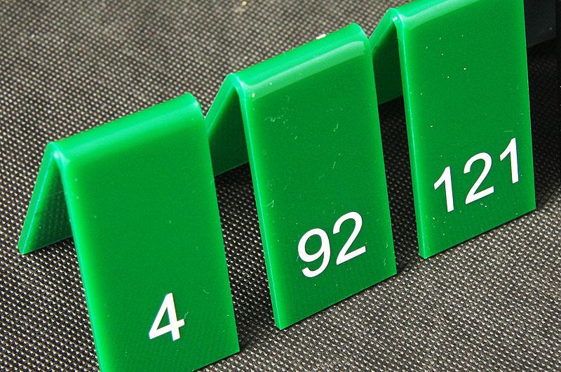 Numery na stoły z pleksi zielono białe