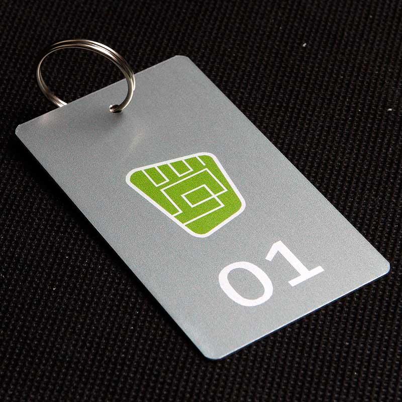 Metalowy numerek do klucza dla firmy
