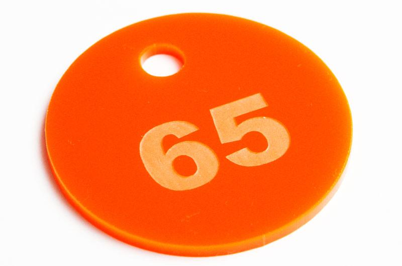 Pomarańczowa grawerowana marka narzędziowa
