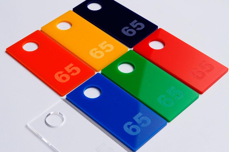 Kolory numerków do przebieralni przymierzalni