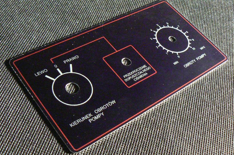 Czarno-czerwone numerki opisy przycisków metalowe