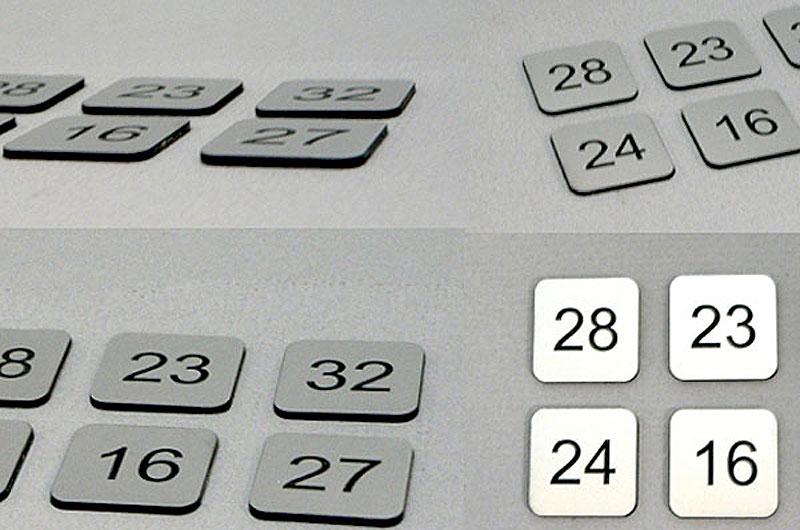 Kwadratowe samoprzylepne numery na drzwi