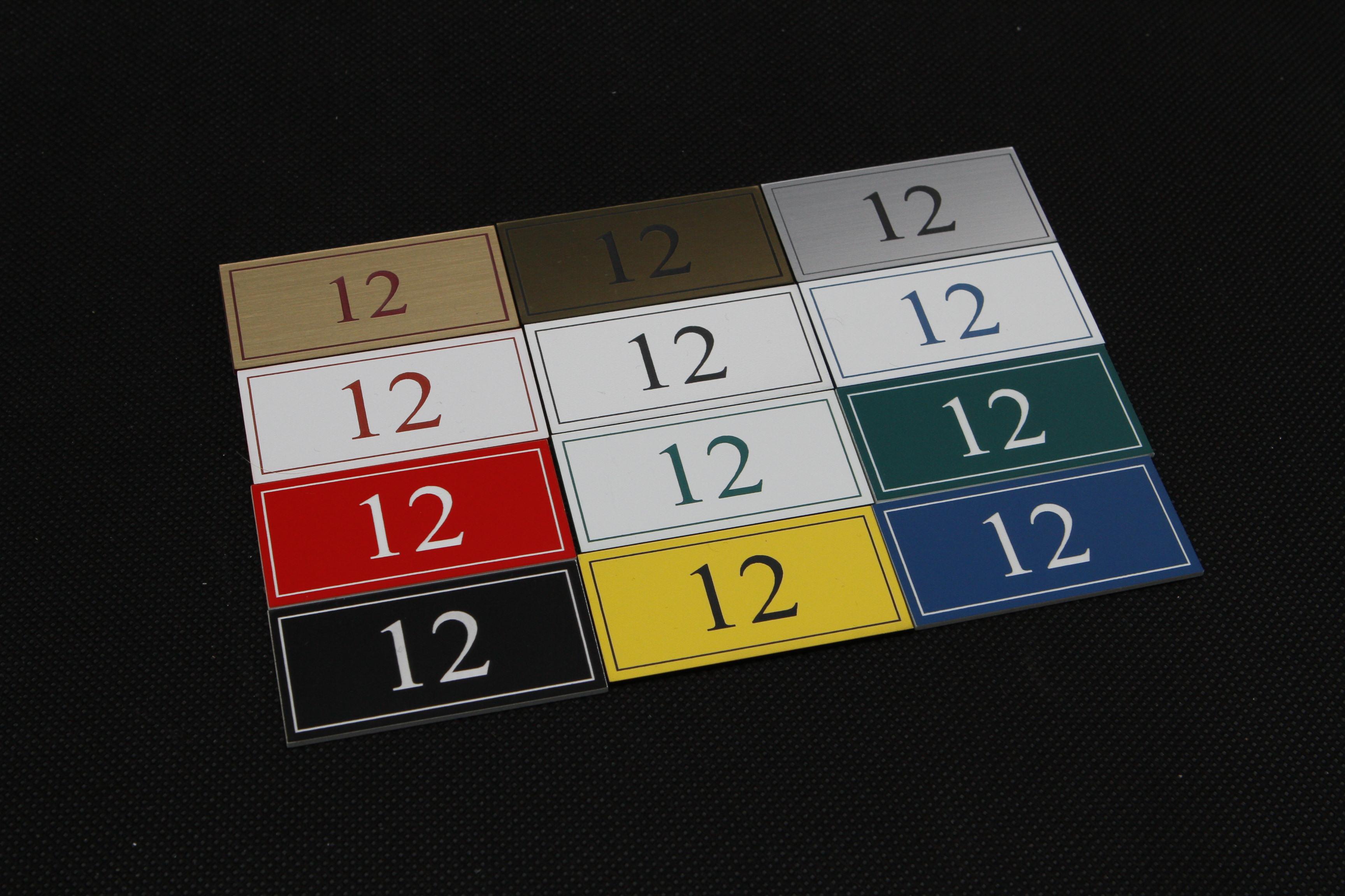 Kolorystyka numerków do drzwi z laminatu