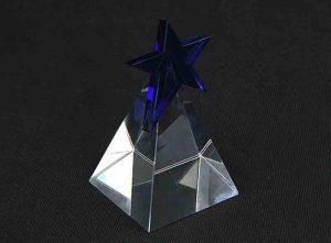 Szklana statuetka niebieska gwiazda