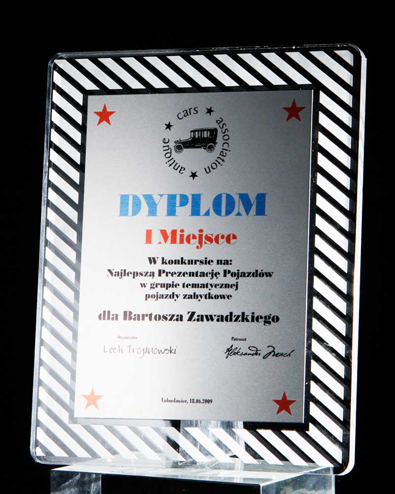 Statuetka nadruk na metalu nagroda w konkursie pojazdy