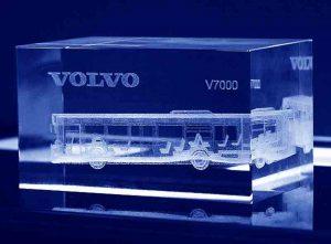 Szklana statuetka prostopadłościan grawer 3d autobusu