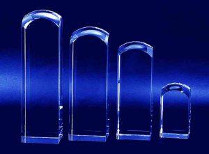 Szklane statuetki z zaokrąglonym końcem wzory rozmiarów