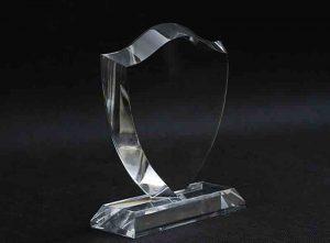 Szklana statuetka tarcza herb