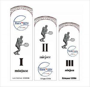 Wizualizacja grawerowania 3d w szklanej statuetce nagrody za 1, 2 i 3 miejsce w turnieju tenisowym - warianty projektowe