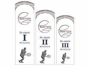 Wizualizacja grawerowania 3d w szklanej statuetce nagrody za 1, 2 i 3 miejsce w turnieju tenisowym - widok z przodu