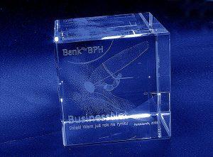 Szklana statuetka nagroda w windsurfing