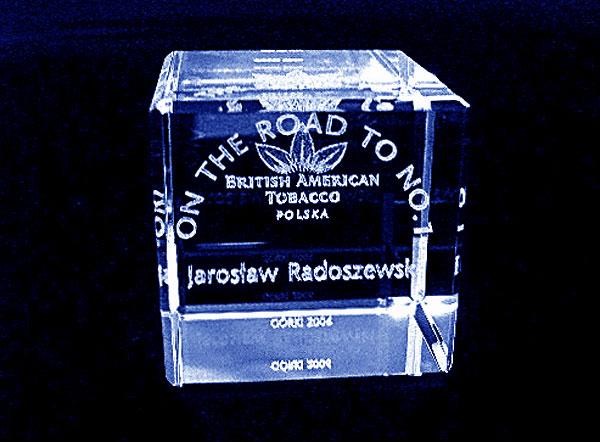 Szklana statuetka imienna konkurs firmowy