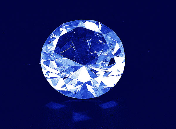 Szklany diament o średnicy 70 mm - widok z przodu