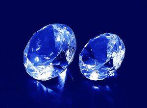 Szklane diamenty o średnicy 60 i 70 mm