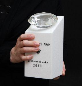 Szklana statuetka diamentowa na zamówienie