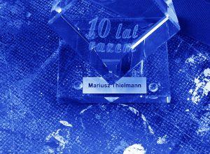 Szklana statuetka na jubileusz 10-lecia firmy