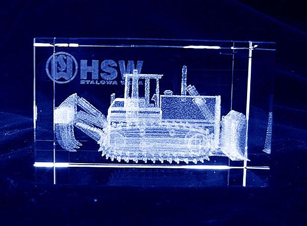 Spychacz i ładowarka grawerowana 3d w szklanej statuetce- ekskluzywny i nowoczesny prezent dla przedstawicieli handlowych