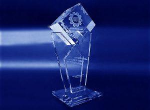 Szklana statuetka - nagroda jakości