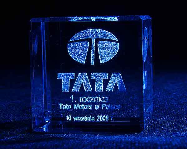 Szklana statuetka na rocznicę firmy