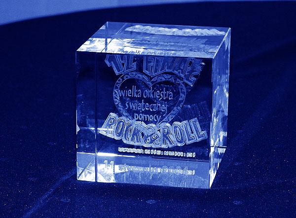 Statuetka szklana grawer 3d na 12 finał WOŚP