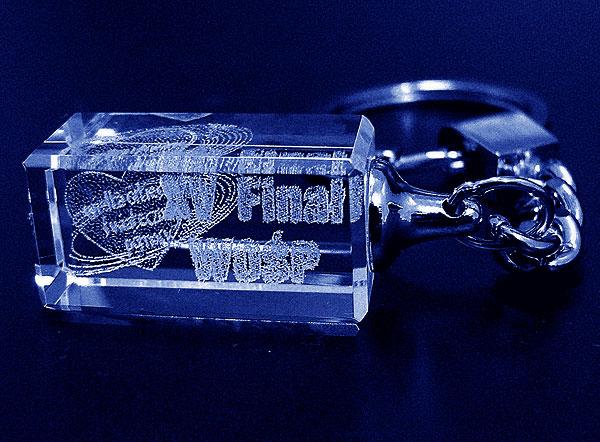 Szklany brelok do kluczy grawer 3d - 15 finał WOŚP
