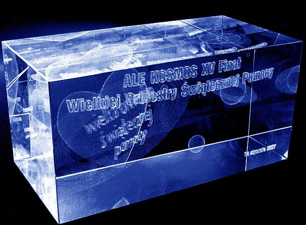 Szklana statuetka pamiątka 15 finał wośp