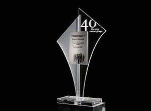 Statuetka pamiątkowa okazji 40 lecia istnienia firmy