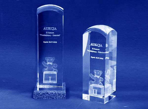 Statuetka nagroda za wygranie aukcji dobroczynnej