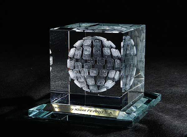 Statuetka nagroda dla platynowego klienta